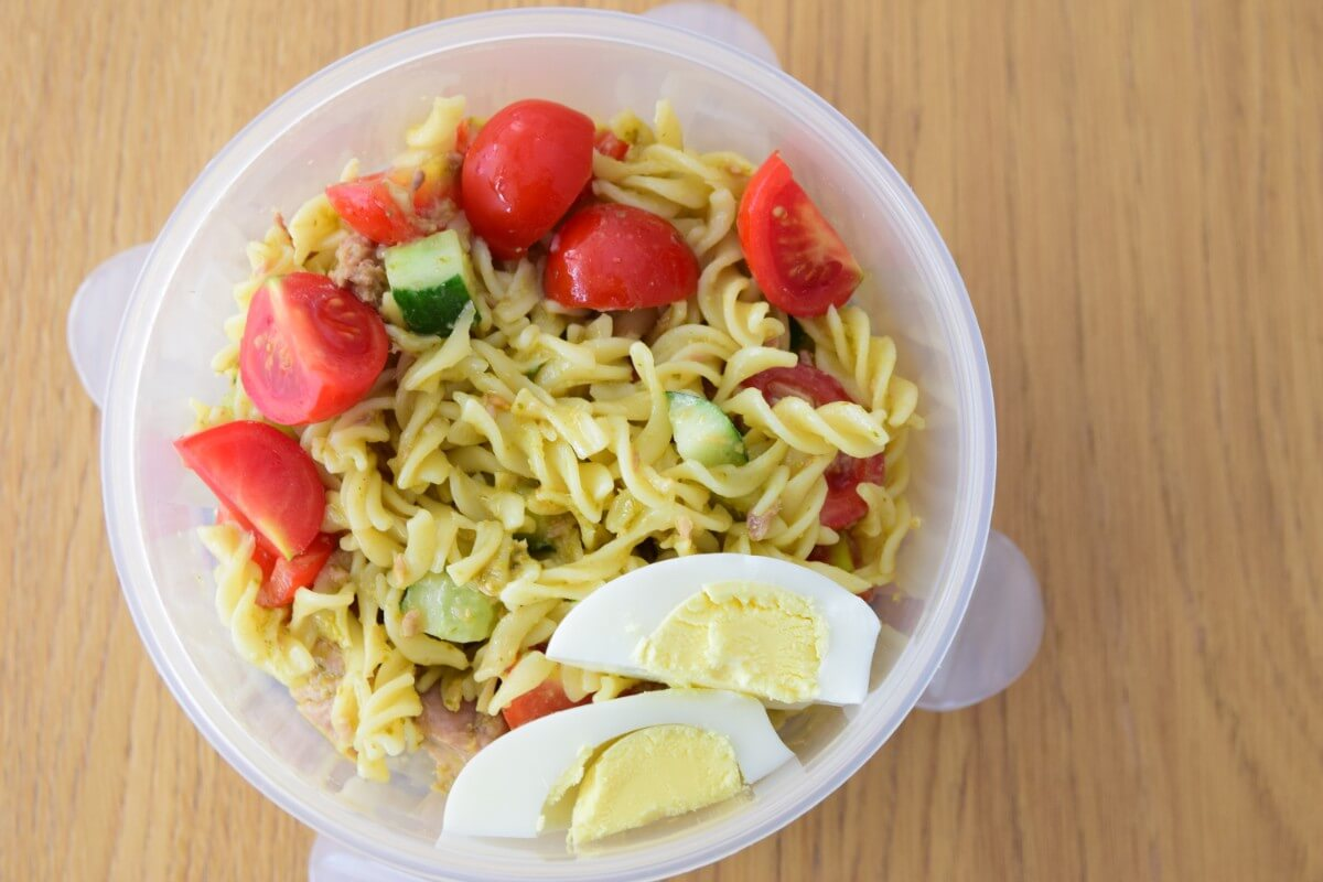 School Lunch Ideas – Kid Friendly Tuna Pasta Salad