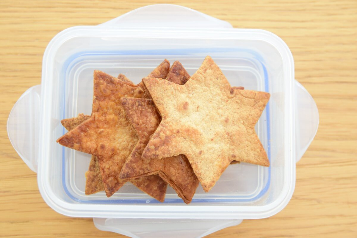 School Snacks – Cinnamon Tortilla Stars