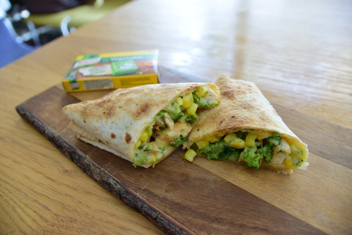 School Lunch Ideas – Gluten Free Chicken & Broccoli Pockets