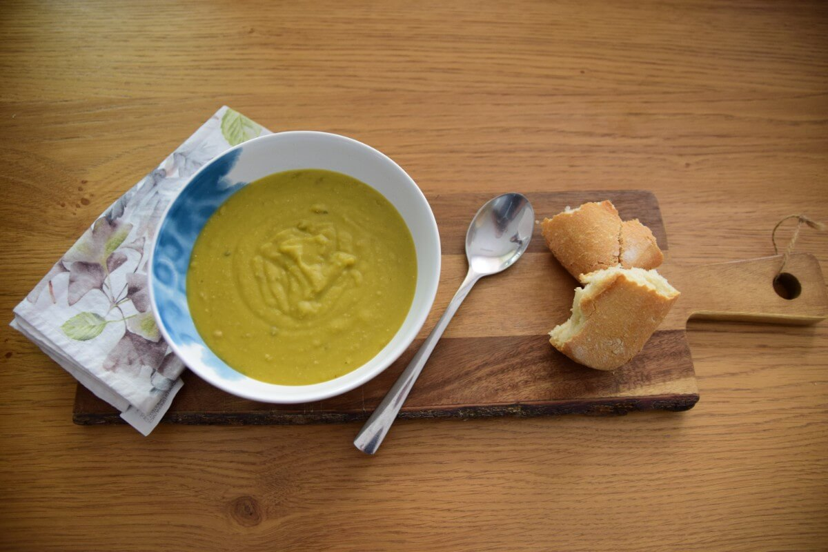 Simple Food: Hearty Split Pea Soup